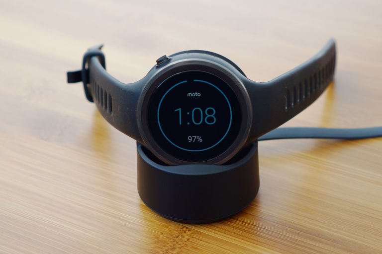 Moto 360 Sport charger